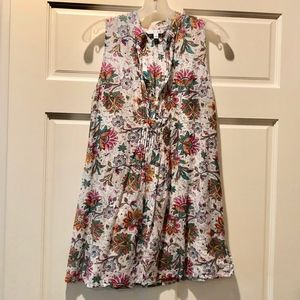 CAbi #101 Sleeveless White Floral Tunic Top